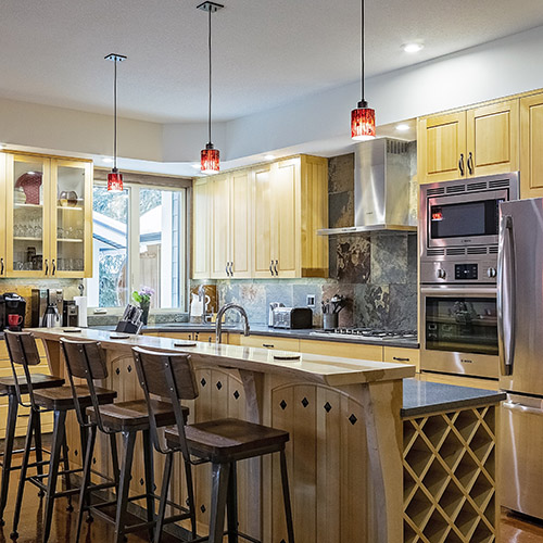Get creative in the fully equipped huge kitchen.